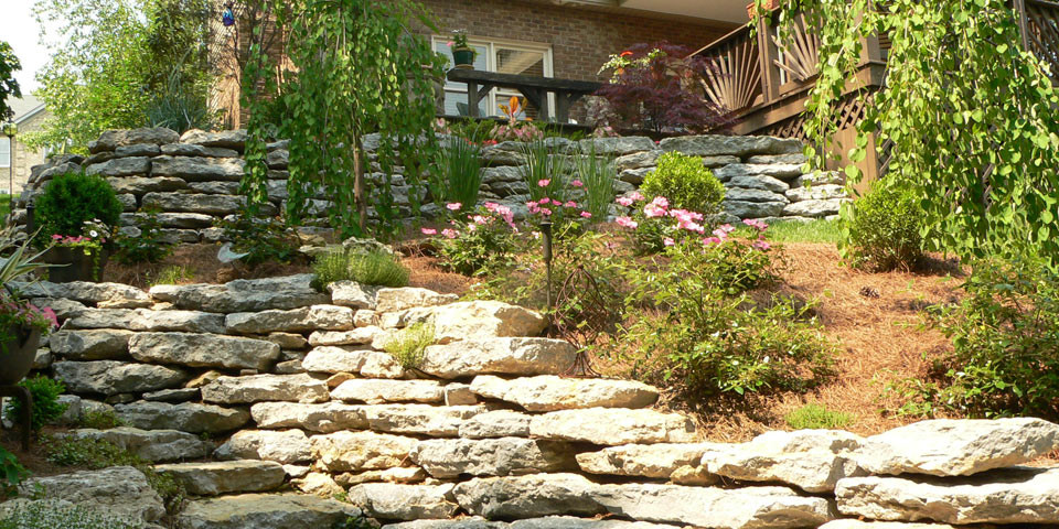 35 landscape timber retaining wall design landscape timber for Landscaping companies